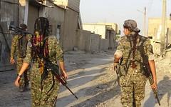 Kurdish YPG Fighters (Kurdishstruggle) Tags: ypg ypgkurdistan sdf ypgrojava ypgforces ypgkämpfer ypgwomen yekineyênparastinagel qsd ypgypj ypj war kurdischekämpfer army resistancefighters soldiers revolutionary revolution comrades combat isil defenceforces heroes kurdishfemalefighters kurdishwomenfighters kurdsisis warfare raqqa rojava rojavayekurdistan westernkurdistan pyd syriakurds syrianwar kurdssyria kürtsuriye kurd kurdish kurden kurdistan kürt kurds kurdishforces syria kurdishmilitary military militaryforces warzone kurdisharmy syrien kurdishfighters fighters kurdishfreedomfighters struggle freiheitskämpfer kämpfer rakka isis