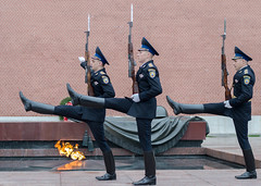 Changing of the Honor Guard Ceremony (Aresio) Tags: moscow eternalflame sentries kremlin russia soldiers
