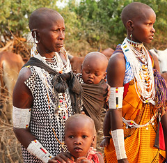 In a Masaï village - South Rift Valley - Kenya (lotusblancphotography) Tags: africa afrique kenya travel voyage people gens