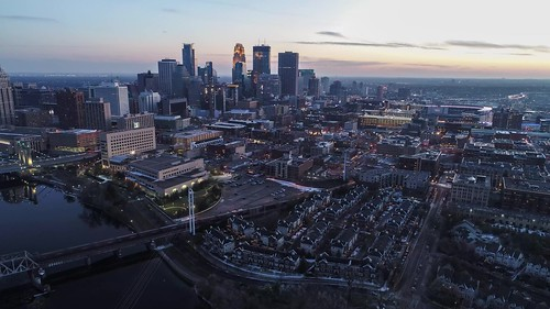 Timelapse 4K - North Loop - Minneapolis - Day to Night