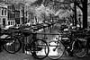 Canal d'Amsterdam (jjcordier) Tags: amsterdam paysbas hollande monochrome noiretblanc canal jordaan