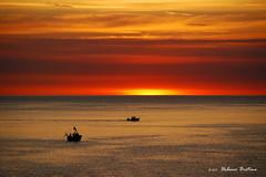 1710_D8_6855_Alba 2510 (UrBert) Tags: boat mare see amanecer aube sunrise pescatore pescador fisherman