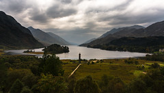 monument ( explored) (Phil-Gregory) Tags: glenfinnan scotland highlands nikon d7200 sigma18250macro zoom scenicsnotjustlandscapes landscapes water loch national nature nationalpark naturalphotography naturalworld naturephotography countryside sky clouds beauty colour