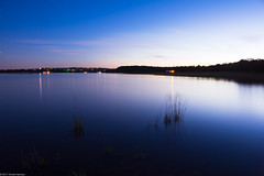 stillness (Tomás Harrison Fotos) Tags: tx night muleshoebendpark nikon d7100 availablelight laketravis austin longexposure coloradoriver atx afsdxnikkor18200mmf3556gedvrii usa