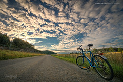 Askim, Norway 0331 - Bicycle by the Road at Sunset (Sony A6000, Canon 10-18) (IP Maesstro) Tags: bicycle road sunset sunrise transport landscape ipmaesstro norway askim hdr