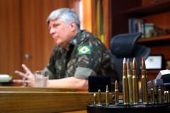 Entrevista com o Gen. Ivan Neiva sobre questão da destruição de armas apreendidas nos tribunais (fotografia_cnj) Tags: entrevista com o gen ivan neiva sobre questão da destruição de armas apreendidas nos tribunais apreenção