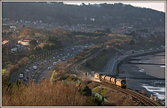 Sundown leaf-busters (david.hayes77) Tags: sundown railheadtreatmenttrain wales northwales seaside coast cymru conwy oldcolwyn rhtt class56 colas grid 56105 2017 winter a55 colwynbay shadows networkrail 3s71 56113 landscape northwalesexpressway promenade minydonavenue