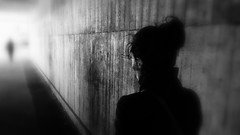 (blazedelacroix) Tags: street stockholm blur blazedelacroix t bnw blackandwhite bw noiretblanc lajetée light white underground