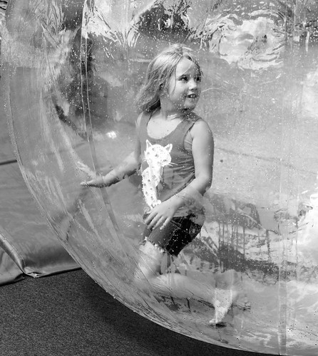 Child+in+a+Bubble+++++++%7BExplore++Dec+5%2C+2017%7D