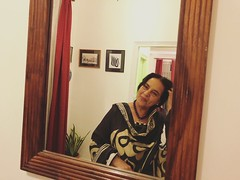 Can a Mirror Completely Possess the Heart of Enigmatic Elusive Women... Like This My Lady? (Mayank Austen Soofi) Tags: news reader salma sultan can mirror completely possess heart enigmatic elusive women like this my lady