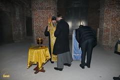 15. Установка крестов на храм святых мучениц 15.12.2014