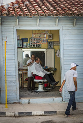 CUBA2017_104 (Dylon87) Tags: daytrip friends family memories vacation fun great gibara fishing town getaway bed breakfast travel holguin cuba street walk barber shop hair cut haircut style birdcage bird cage photo pic photographer photography teamcanon canon shotoncanon canoncanada