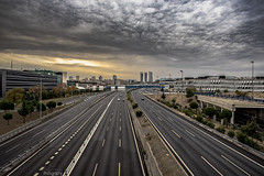 _DSC6297(Final)(w) (photodkx) Tags: madrid clouds cloudy nublado nubes carretera n1 highway road skyline