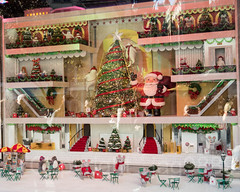 "2017 Holiday Window Display ""The Perfect Gift Brings People Together"" at Macy's Herald Square, New York City (jag9889) Tags: 2017 2017holidaywindowdisplay 20171127 34thstreet animal arcticcircle bag bear christmas christmastree departmentstore detail display gift heraldsquare holiday miniature macy macys manhattan maritimebear midtown mouse ny nyc newyork newyorkcity outdoor polarbear reflection retail santaclaus store storewindow usa unitedstates unitedstatesofamerica ursus window jag9889"