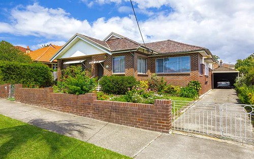 27 Sunbeam Av, Burwood NSW 2134