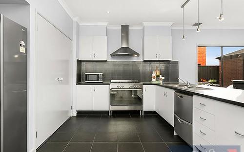 10 Pilbara Avenue, Burnside VIC