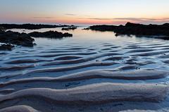 Ambiance du soir sur la plage de la Govelle, Batz-sur-Mer (Elisabeth Lys) Tags: nikon d7200 sigma 1020mmf35 sunset sea beach plage batzsurmer loireatlantique colors night long exposure