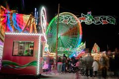 Feria de Navidad (soyelcote) Tags: x100t fuji spain alicante feria navidad noria big wheel nightshoot longexposure