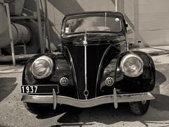 1937 Matford berline (pontfire) Tags: voiture car cars voitures auto autos automobile worldcars voituresanciennes vieille ancienne de collection old antique classic automobili automobiles coche coches carro carros wagen frenchcars classiccars oldcars antiquecars automobilefrançaise automobileancienne automobiledecollection vieillevoiture fordv8 1936 matford ford v8 pontfire