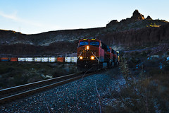 WB Z  11/11/17 (Woodypug) Tags: bnsf kingman canyon z arizona landscape locomotive transcon freight trains