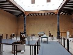 Monasterio de Veruela - Palacio Abacial. (Eduardo OrtÍn) Tags: patio monasteriodeveruela museo exposición palacioabacial vera zaragoza aragón