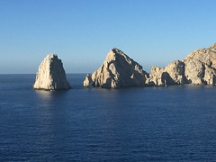 """The arch of Cabo San Lucas • <a style=""""font-size:0.8em;"""" href=""""http://www.flickr.com/photos/28558260@N04/38423526712/"""" target=""""_blank"""">View on Flickr</a>"""