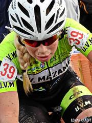 DSCN1460 (Ronan Caroff) Tags: cycling cyclisme cyclist cycliste cyclists ciclismo velo bike course race women woman sport sports cyclocross mud boue cx effort action lamézière coupedefrance coupe cup competition contest bretagne brittany breizh illeetvilaine 35