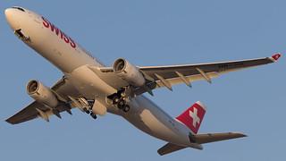 TLV - Swiss Airbus 330-300 HB-JHL