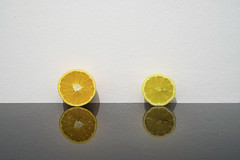 Opposites (CoolMcFlash) Tags: lemon orange sweet sour reflection fruit vitamins wall negativespace copyspace minimalistic minimalism minimalistisch flickrfriday opposites zitrone süss sauer spiegelung frucht wand vitamine fotografie photography fujifilm xt2 xf35 mm f14