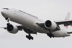 Japan Airlines 777-346ER JA740J (Gideon van Dijk) Tags: lhr london luchthaven luchtvaart londonheathrowairport londonheathrow heathrow heathrowairport aviation aircraft airport airplane airlines air vliegtuig vliegveld egll