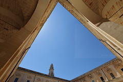 It's a stretch (Elios.k) Tags: horizontal outdoors nopeople wideangle building conventoteatini monastery baroque architecture style facade arcade stone marble light sky weather clear blue colour color cathedral belltower campanile duomodilecce courtyard travel travelling april 2017 spring vacation canon 5dmkii photography lecce puglia apulia salento italy europe