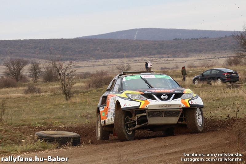 Régi Péter-Borsfai Dávid (Korda Racing) 21. Taxi4 Mikulás Rallye 2017