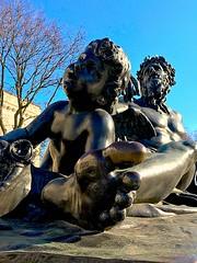 chilling (#KPbIM) Tags: 2017 fall november dia art sculpture institute downtown woodward arts detroit