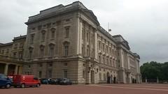 Royal Royal Mail (qatsi) Tags: london uk palace buckinghampalace van royalmail