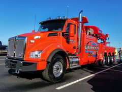 Gobel's Towing And Recovery Kentworth Recovery Truck (J Wells S) Tags: kenworthtowtruck kw wrecker kenworthrecoverytruck gobelstowingandrecovery pinstriping chrome trao towingandrecoveryassociationofohio midwestregionaltowshow greatwolflodge mason cincinnati ohio