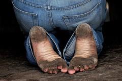 dirty city feet 067 (dirtyfeet6811) Tags: feet soles barefoot dirtyfeet dirtysoles cityfeet