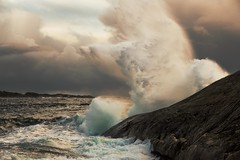 (Frank S. Schwabe) Tags: klubba kristiansund nordmøre norge norway nature waves wave windy sea shore storm rocks rock ocean coast eos clouds cloudy canonef100mmf2usm coastal canon 6d