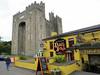 2017 Ireland - Bunratty (murphman61) Tags: ireland éire eire clare anclár anchláir county shannon ratty owengarney river pub bar restaurant castle medieval tower fort fortress keep tavern failte fáilte