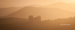 Castle (Ignacio Ferre) Tags: castillo castle paisaje landscape panorama nikon madrid spain españa manzanareselreal sierradeguadarrama castillodemanzanareselreal heritage patrimoniohistórico atardecer puestadesol silueta silhouette