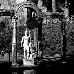 Villa Adriana, Tivoli,  Italia (pom.angers) Tags: panasonicdmctz30 february 2017 rome roma tivoli lazio italia italy europeanunion villaadriana ancientrome nude naked male man 100 200 2ndcenturyad 2ndcentury statue sculpture hadriansvilla god mars tibur 300 5000