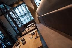_DSC2446 (fdpdesign) Tags: design fdpdesign italia italy furniture led lights milano milan shopdesign sushi bar cocktails legno wood cerdisa ora neta specchio specchi 2017
