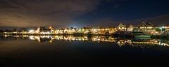 * (Timos L) Tags: pano panoramic panorama village night nightshot longexposure olympus omd em5ii panasonic 714mm landscape seascape urban volendam eden holland timosl europe