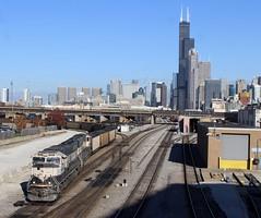 Sweet Home Chicago (AdamElias14) Tags: amtrakchicagoterminal fallenflag 18thstreetchicago chicagoil nss80 executivemac sd70mac emd bnsf bnsf9651