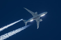 TUI fly Belgium Boeing 787-800 OO-JDL (Thames Air) Tags: tui fly belgium boeing 787800 oojdl contrails telescope dobsonian overhead vapour trail