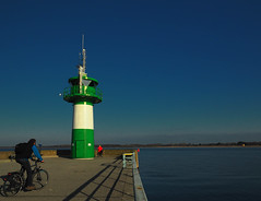 Turn around please! Here's the end (Ostseeleuchte) Tags: lighthouse pier travemünde balticsea leuchtturm mole ostsee fahrradfahrer bikerider wishyouaniceweek