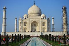 Taj Mahal - Wonder of the World (aghiljv) Tags: blue architecture shajahan tajmahal sky green mahal mumthaz water d3200 plants trees white taj aghiljvphotography nikon marble nikond3200 fountain india pradesh uttar agra