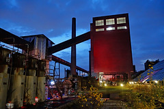 2017-11-23 11-27 Ruhrgebiet 170 Essen, Zeche Zollverein, Kokerei (Allie_Caulfield) Tags: foto photo image picture bild flickr high resolution hires jpg jpeg geotagged geo stockphoto cc sony rx100ii 2 2017 herbst ruhrgebiet nrw nordrheinwestfalen essen dortmund stadt altstadt industrie kohlenpott zeche zollverein tagebau förderturm kokerei koks bergbau mining industry