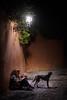 Perroflautas sin flauta (fruizh) Tags: nocturna 2017 perro albaicín farola granada fruizh