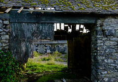 Riviere Farm, Phillack. (Rogpow) Tags: cornwall hayle phillack rivierefarm cornishcoppercompany cornishmining copper farm farmhouse scoria scoriablocks packmules grade2listed abandoned derelict decay ruin industrialarchaeology industrialhistory old