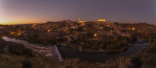Anocheceres de Toledo.